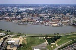 Washington Navy Yard aerial view 1985 300x200 Washington Navy Yard aerial view 1985