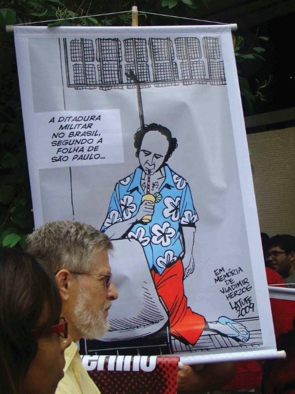 Democracia brasileira está em alto risco