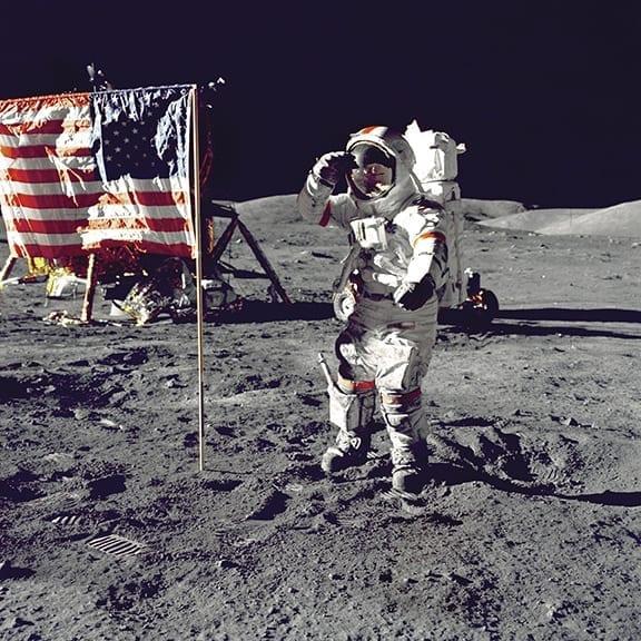 Candidata ao congresso americano com experiência em viagens extraterrenas