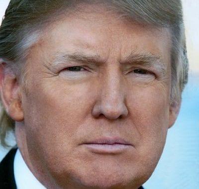 Trump caindo em pedaços