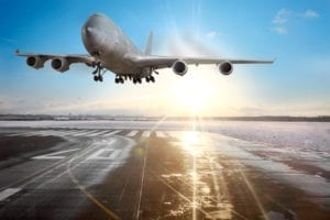 landing airline 598967 300x200 brasileiros, imigrantes, Estados unidos, visto americano, Freddy, Freitas, de Freitas
