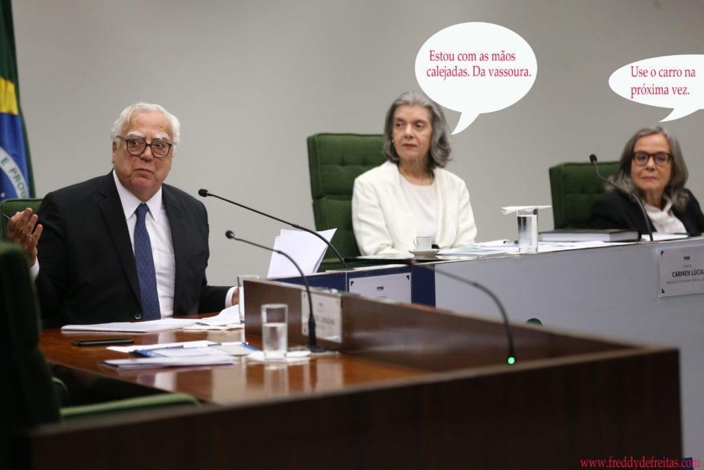 ministracarmen 1024x683 Ministra Carmen vai de vassoura
