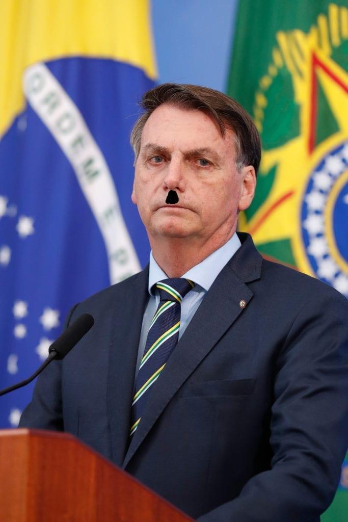 BOLSONAROHITLER1A 683x1024 Jair bolsonaro, um brasileiro idiota