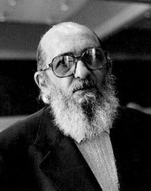 Paulo Freire ou Alexandre Frota?