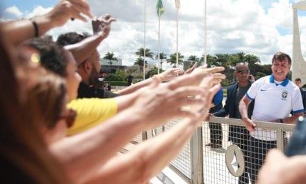 MÉDICOS BRASILEIROS FAZEM APELO URGENTE AOS GOVERNOS PARA AUMENTAR A RESPOSTA AO CORONAVÍRUS
